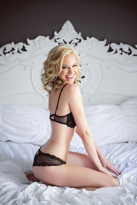 040 seattle boudoir photography4%28pp w480 h719%29