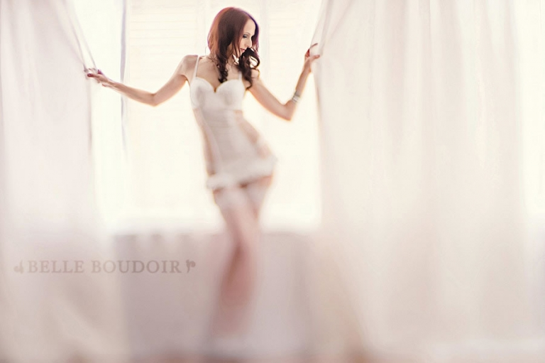 001 seattle boudoir photography1(pp w768 h511) Soft White vs. Dramatic Red