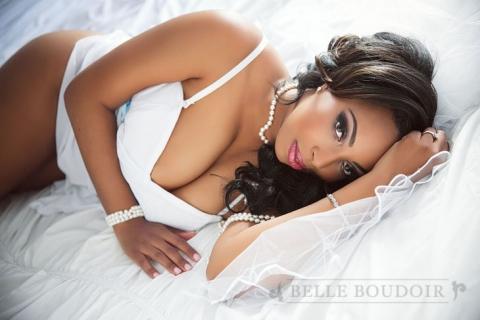 033 seattle boudoir photography(pp w480 h320) I feel like a bombshell